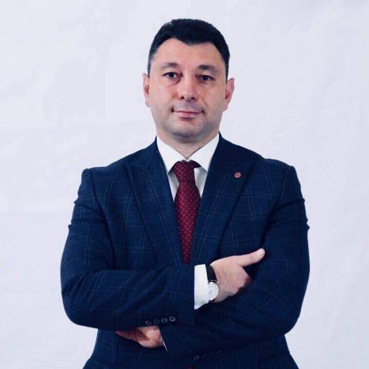 Խոնարհաբար ձերբակալում է Նարեկ Մալյանին,ով պայքարում է հակապետական ու ապազգային տարրերի դեմ. Էդուարդ Շարմազանով