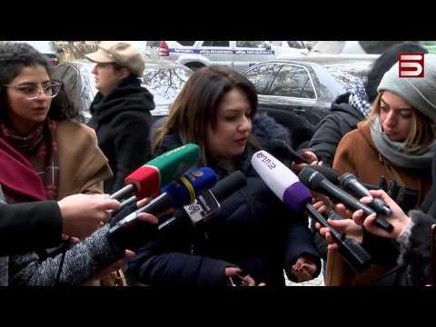 Մայրերը պահանջում են կալանավորել Ռազմիկ Աբրահամյանին